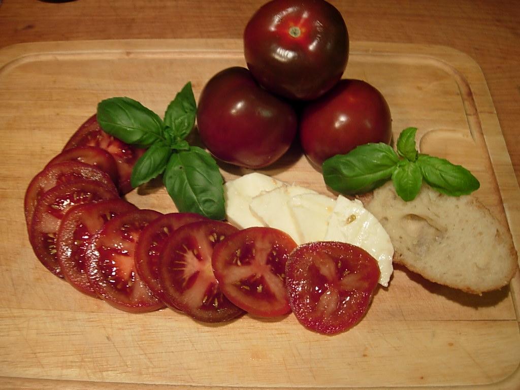 Caprese recipe with Rosso Bruno tomatoes mozzarella fresh basil